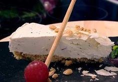 Aluat fraged pentru mini tarte sărate - Rețete Merișor Feta, Caramel, Cheesecake, Dairy, Pies, Salads, Sticky Toffee, Candy, Cheesecakes
