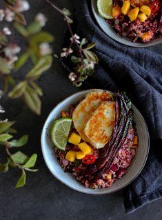 burczymiwbrzuchu: Tabbouleh z botwiną, mango i halloumi