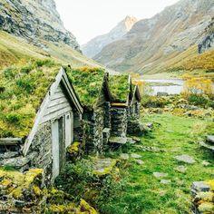 houses in Urke, More Og Romsdal, Norway. Photo by Norway Vacation, Norway Travel, Norway Roadtrip, Hiking Norway, Places To Travel, Places To See, Norway Viking, Norway Nature, Norway Fjords