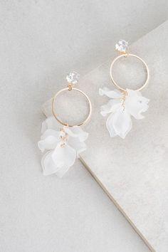 Mini Bar Stud earrings in Rose Gold fill, short gold bar stud, gold fill bar post earrings, gold bar earring, minimalist jewelry - Fine Jewelry Ideas Ear Jewelry, Gold Jewelry, Jewelry Accessories, Fine Jewelry, Jewelry Design, Gold Bracelets, Jewelry Box, Bridal Accessories, Jewelry Supplies