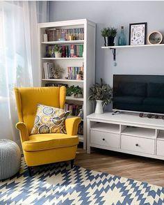 home interior decor ideas Home Living Room, Apartment Living, Living Room Decor, Bedroom Decor, Home Room Design, Home Interior Design, Living Room Designs, Strandmon Ikea, Indian Home Decor