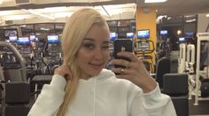 Amanda Bynes Tweets That the Obamas Are 'Ugly': Who's Uglier, Amanda Bynes or the Obamas?