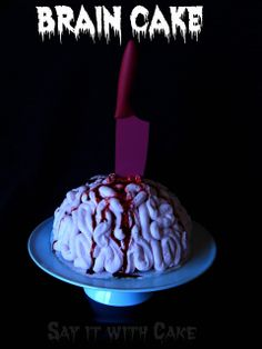 Brain Cake | www.shamenesayitwithcake.blogspot.com | #braincake #Halloweencake #scarycake #icecreamcake