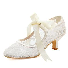 7e4f298c5f 9 Best lace wedding shoes for women images in 2018   Bridal shoe ...