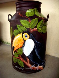 Country Paintings, Cool Paintings, Bottle Art, Bottle Crafts, Tole Painting, Painting On Wood, Arte Pallet, Painted Milk Cans, Old Milk Cans