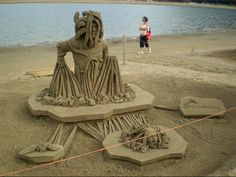 sand sculpture by the artist Guy-Olivier Deveau| superb