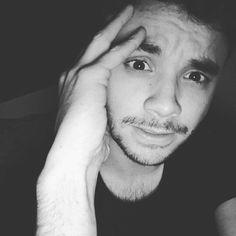 Instagram Story, Instagram Posts, Einstein, My Life, Fandoms, Infinite, Queens, Iphone, Disney