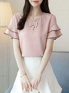 V-Neck Frill Sleeve Solid Beaded Chiffon Blouse Dress Neck Designs, Blouse Designs, Fashion Outfits, Fashion Tips, Fashion Design, Latest Fashion, Weird Fashion, Korea Fashion, Fashion Styles