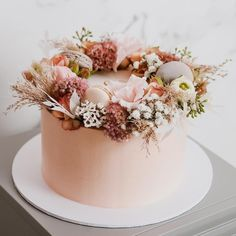 wedding cakes blush Simple and romantic blush pink wedding cake inspiration with fresh flowers, dried flowers, and pink macarons Naked Wedding Cake, Blush Pink Wedding Cake, Wedding Cake Roses, Naked Cake, Dusty Rose Wedding, Elegant Wedding Cakes, Beautiful Wedding Cakes, Gorgeous Cakes, Wedding Cake Designs