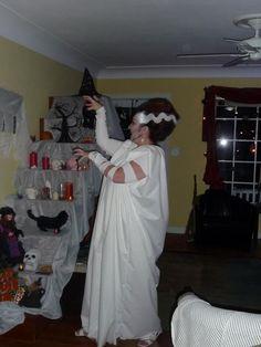 Bride of Frankenstein costume tutorial
