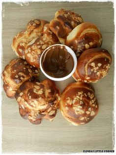 New Recipes, Cooking Recipes, Greek Dishes, Pretzel Bites, Sour Cream, Food Porn, Food And Drink, Baking, Breakfast