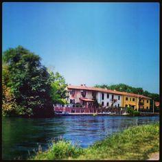 #cassinettadilugagnano #borghipiùbelliditalia #luoghiedemozioni #Navigliogrande #natura #colori
