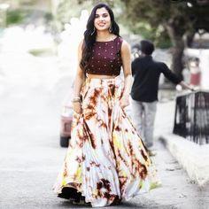 Banglori Silk Multicolour Abstract Designer Lehenga Lehenga Crop Top, Lehenga Skirt, Gown Skirt, How To Wear Leggings, How To Look Skinnier, Crop Top Outfits, Latest Dress, Indian Wear, Indian Fashion