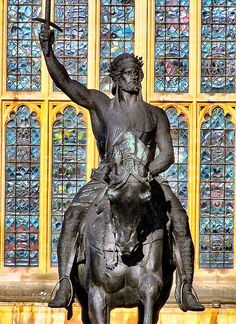 Statue of King Richard I (The Lionheart) of England. Eleanor and Henri's son at The Houses of Parliament http://www.Eleanorofaquitaine.Net
