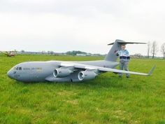 C17 GLOBEMASTER AT ROUGHAM RC PLANES - 2004 - YouTube