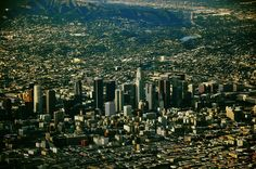 Love this angle - a view of Downtown Los Angeles. Los Angeles Skyline, Downtown Los Angeles, Travel Around The World, Around The Worlds, City North, Usa Cities, Amazing Photography, New York Skyline, City Photo