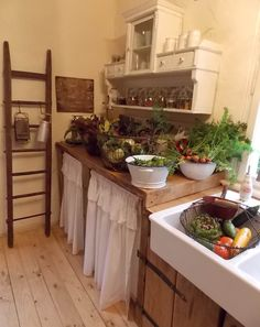 Farmhouse kitchen - Gemüse Ernte - Selbstversorger - traumhaftes Landleben - www,casamanolo.de