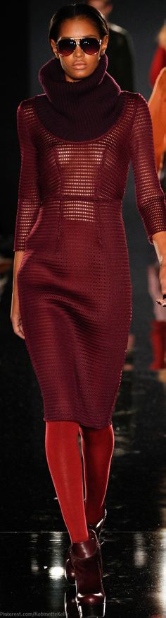 Maroon is a great colour for work Burgundy Fashion, Red Fashion, Colorful Fashion, Couture Fashion, Runway Fashion, High Fashion, Fashion Show, Autumn Fashion, Womens Fashion