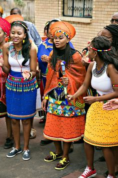 Check Out These Top traditional african fashion 2279 Zulu Traditional Attire, Traditional Wedding Attire, African Traditional Wedding, African Traditional Dresses, Traditional Styles, Traditional Outfits, African Attire, African Wear, African Women