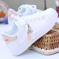 Cute Sneakers, Girls Sneakers, Girls Shoes, Cute Girl Shoes, White Nike Shoes, Nike Air Shoes, Fashion Boots, Sneakers Fashion, Kawaii Shoes