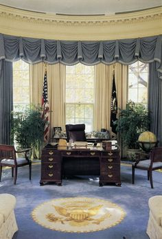 The Oval Office during the George H. W. Bush Administration.