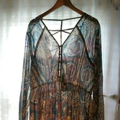 Paisley Maxi Dress Size 16 US brand new-never worn About 56-57in long from top to bottom Selling because i do not like how it looks on me Boohoo Plus Dresses Maxi