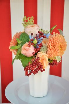 Circus party Circus Party, Table Decorations, Home Decor, Decoration Home, Room Decor, Home Interior Design, Dinner Table Decorations, Home Decoration, Interior Design