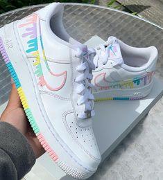 Dr Shoes, Cute Nike Shoes, Swag Shoes, Cute Nikes, Cute Sneakers, Nike Air Shoes, Hype Shoes, Shoes Cool, Nike Custom Shoes