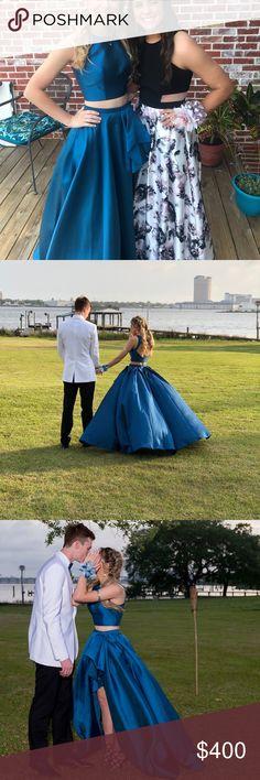 Sherri Hill teal prom dress It's a size 0 teal sherri hill prom dress Sherri Hill Dresses Prom