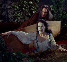 """""""The Baron Meinster's first victim rises (Marie Devereux) with help from Freda Jackson in the great 'Brides of Dracula' Hammer Hammer Movie, Hammer Horror Films, Hammer Films, Scary Monsters, Famous Monsters, British Lions, Vampire Bites, Sci Fi Thriller, Classic Horror Movies"""