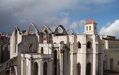 Carmo Convent in Lisbon, Portugal Us Travel, Travel Tips, Portuguese Royal Family, Lisbon Portugal, Moorish, 15th Century, Explore, Vacation, Mansions