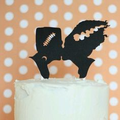Crazy wedding cake topper by SilhouetteWeddings