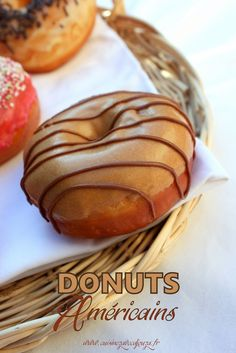 ✩ Check out this list of creative present ideas for beard lovers Donut Recipes, Pastry Recipes, Cooking Recipes, Waffles, Homemade Donuts, Number Cakes, Bread And Pastries, No Bake Desserts, Food Truck