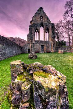13th Century Valle Crucis Abbey, UK - ©Adrian Evans (via FineArtAmerica)
