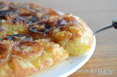 表面がカリッとし、飴をかけたような「カラメルケーキ」最高に美味しいでよね♪今日はホットケーキミックスを使って「フライパン カラメル バナナケーキ」を紹介します♪ホットケーキミックスを使うので とっても簡単!焼くのもフライパンでOK! キャラメリゼされたバナナは最高です!美味しく仕上げるコツは、仕上げ
