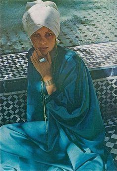 Vogue 1973 More