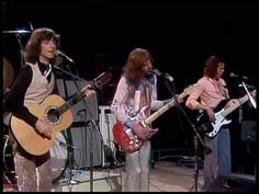 """PETER FRAMPTON / SHOW ME THE WAY (1975) -- Check out the """"Super Sensational 70s!!"""" YouTube Playlist --> http://www.youtube.com/playlist?list=PL2969EBF6A2B032ED"""