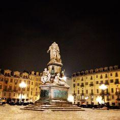 Torino: Piazza Carlina, Turin, Italy >> Sfoglia le Offerte!