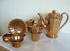 WADE Gold Lustre set /coffee pot/creamer and sugar bowl/6 small cups & saucers | eBay