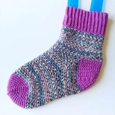 Crafternoon Treats: Perfect Fit Crochet Socks – Deramores US Crochet Socks Tutorial, Crochet Socks Pattern, Basic Crochet Stitches, Crochet Slippers, Crochet Basics, Crochet Yarn, Knitting Patterns, Crochet Patterns, Baby Patterns