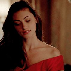 Phorbe Tonkin as Hayley Marshall Serie Vampire Diaries, Vampire Diaries The Originals, Hayley The Originals, Phoebe Tonkin The Originals, Phoebe Tonkin Gif, The Wolf Game, Foto Gif, Game Of Thrones, Hollywood Actor