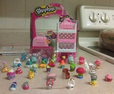 Shopkins Season 4, Miniature Figurines, Moose, Baskets, Auction, Miniatures, Seasons, Ebay, Ideas