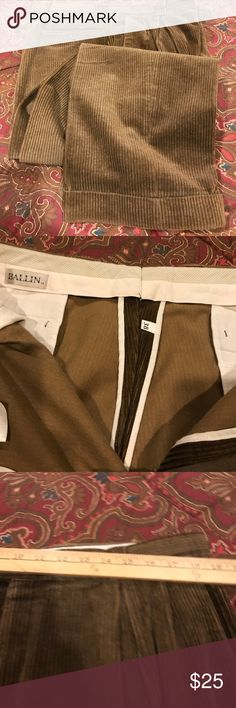 💥Ballin Dress Pants💥 Tan/Brown color corduroy dress pants with cuffs, great condition. Has already been dry cleaned. Mens Dress Pants, Men Pants, Fashion Tips, Fashion Design, Fashion Trends, Corduroy, Casual Pants, Cuffs, Nordstrom