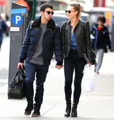 A day before the Jonas Brothers confirmed the band's breakup, Joe Jonas took counsel from girlfriend Blanda Eggenschwiler in NYC.