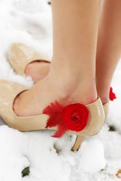 Hey, I found this really awesome Etsy listing at https://www.etsy.com/listing/88819090/shoe-clips-red-ranunculus-flowers-red