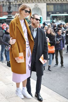Veronika Heilbrunner and Justin Oshea in Paris -  trendycrew.com