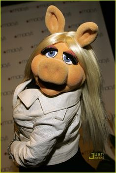 My 1st beauty icon! Miss Piggy