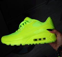 I'm definitely a sneaker kinda girl #Nike