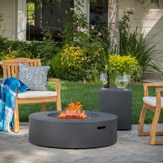 Best Selling Home Salta Circular Outdoor Gas Fire Pit Table with Tank Holder