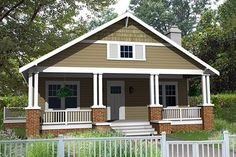 Craftsman Style House Plan - 3 Beds 2 Baths 1260 Sq/Ft Plan #461-4 Exterior - Front Elevation - Houseplans.com
